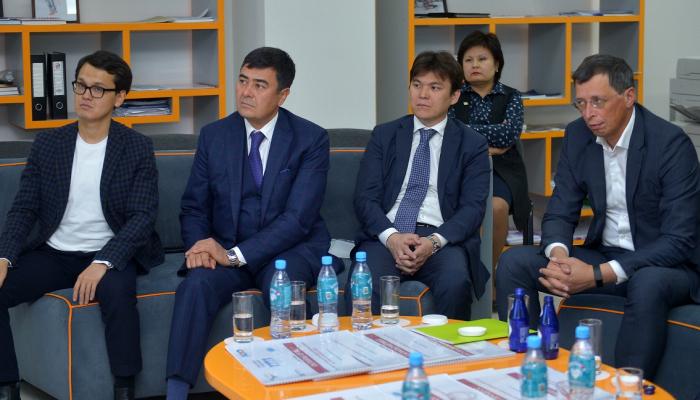 kzh 3500 1 - В Верховном Суде побывали представители Национального совета общественного доверия